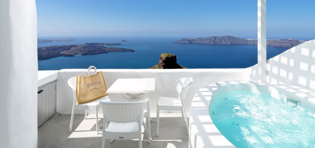 Deluxe suite con jacuzzi privata esterna vista caldera - Jacuzzi esterna ...